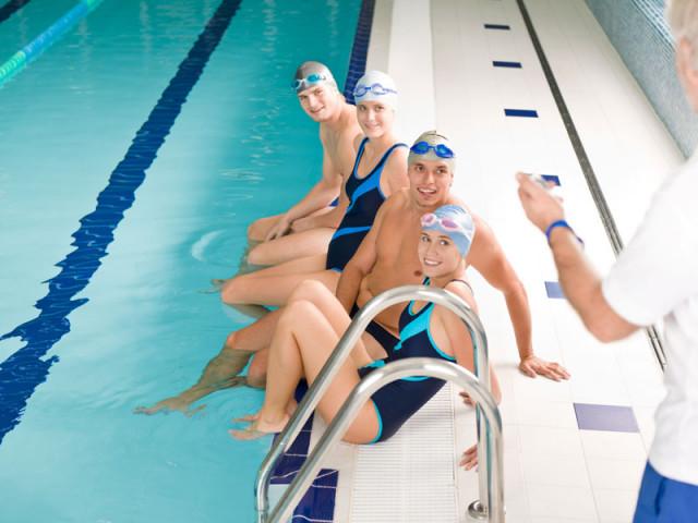 夏季泳訓班